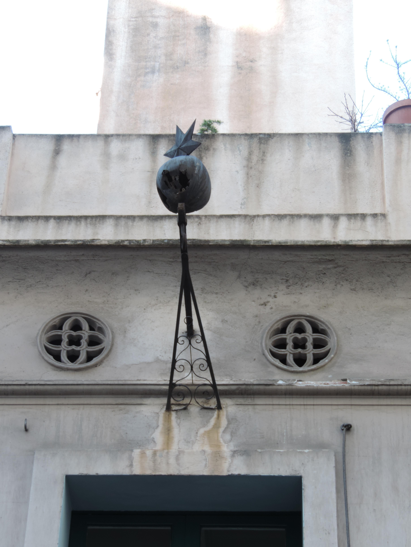 La Granada, 10, bomba (2)