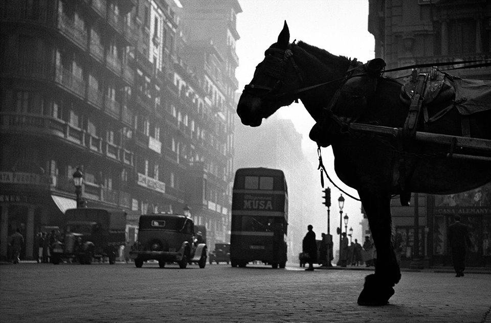 1954, Via Laietana
